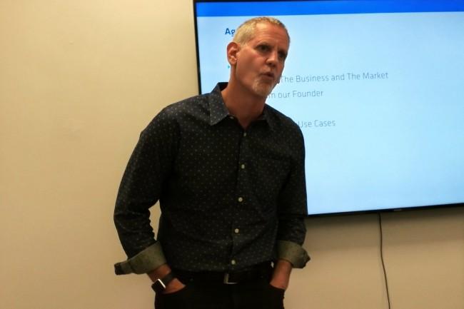 Evan Kaplan, CEO d'InfluxData, à San Francisco pour la présentation de sa base de données de séries temporelles. (Crédit S.L.)