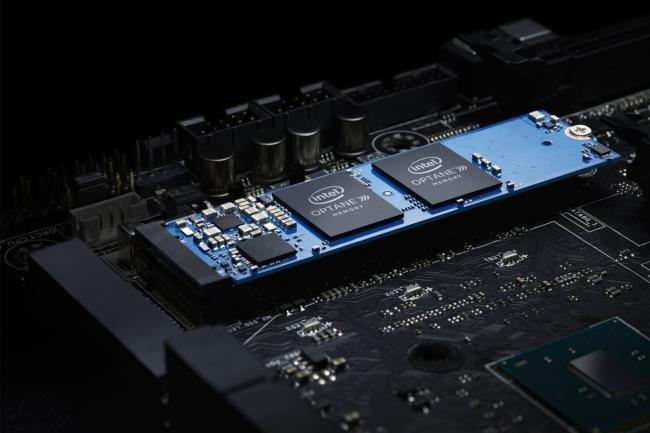 Avec 16 et 32 Go en capacité, les SSD Optane d'Intel ne pourront servir que de mémoire cache pour épauler les disques durs. Les SSD flash restent toujours plus intéressant aujourd'hui.