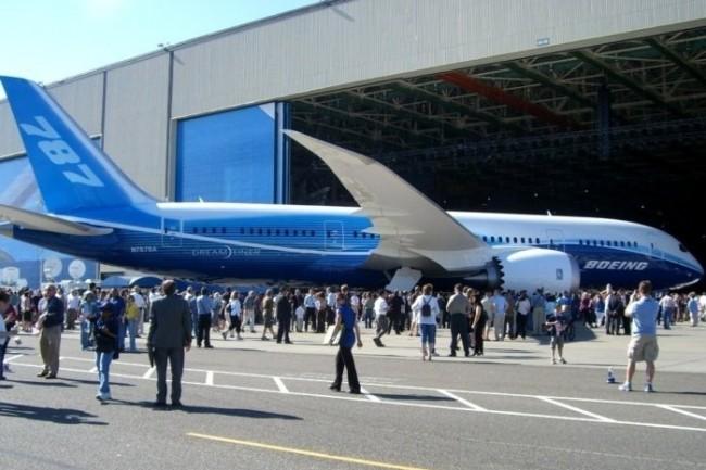 Boeing va utiliser des pièces en titane  imprimées en 3D pour son 787 Dreamliner.