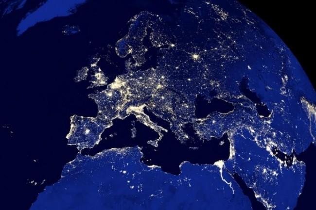 Les frais de roaming en Europe vont officiellement être abolis à compter du 18 juin 2017. (crédit : D.R.)