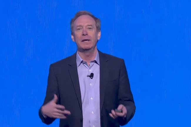 Brad Smith, le président et directeur des affaires juridiques de Microsoft, appelle à une Convention de Genève Numérique pour contraindre les Etats à partager les failles découvertes dans les logiciels.