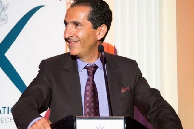 Patrick Drahi, chargé de la stratégie du groupe Altice depuis sa réorganisation en juin 2016, va annoncer ce mardi l'unification des actifs internationaux du groupe sous la marque ombrelle Altice. (crédit : D.R.)