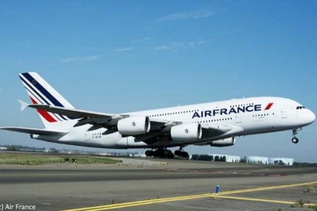 Air France doit, pour son activité internationale, traduire ses contenus web. (Crédit: D.R.)