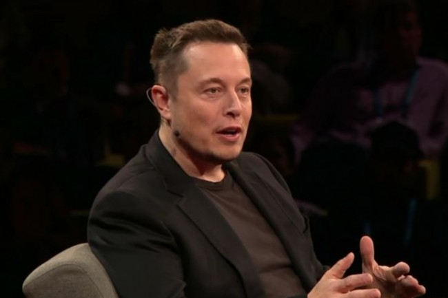 Derrière Elon Musk, fondateur de SpaceX (ici sur TED2017 en avril dernier/D.R.), 115 experts de l'IA et de la robotique s'inquiètent de voir repousser la réflexion sur les armes létales capables de fonctionner de façon autonome.