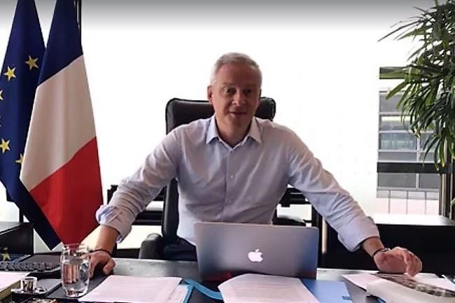 Bruno Le Maire, ministre de l'Economie et des Finances, n�accepte pas que les GAFA continuent � faire des b�n�fices importants en Europe sans contribuer � l'imp�t de fa�on �quitable. (ci-dessus lors de son Facebook Live le 27 ao�t 2017. cr�dit : D.R.)