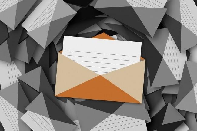 La surveillance des emails privés d'un employé roumain par son entreprise ayant débouché à son licenciement a été sanctionnée par la Grande Chambre de la Cour Européenne des Droits de l'Homme. (crédit : Geralt / Pixabay)