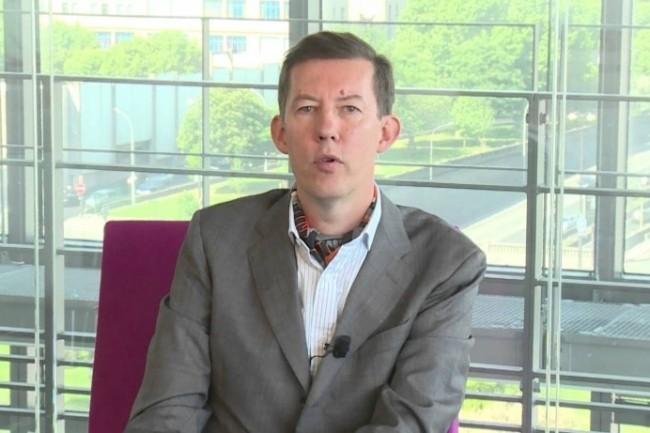 Philippe Dewost, spécialiste des écosystèmes Internet pour la Caisse des Dépôts, passe dans le privé chez Vinci.