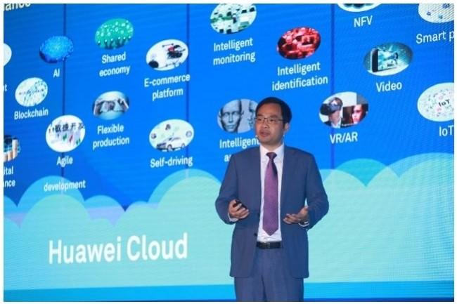Zheng Yelai, président de l'activité cloud de Huawei, présente le partenariat avec Microsoft comme un écoystème ouvert, qu'il estime gagnant-gagnant. (crédit : D.R.)