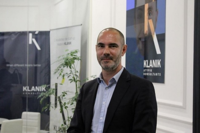 klanik recrute 100 personnes montpellier le monde informatique. Black Bedroom Furniture Sets. Home Design Ideas