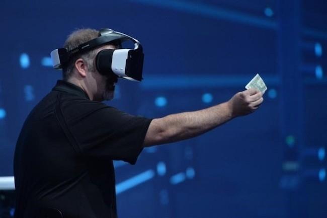 Faute d'intérêt, Intel met fin au développement de son casque VR autonome Project Alloy. (Crédit D.R.)