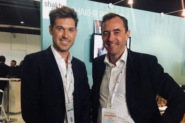 Christophe Catoir (à droite), président d'Addeco en France, et Romain Trebuil, co-fondateur et PDG de Shakhr, le 3 octobre sur Microsoft Experiences 2017. (crédit : Adecco)