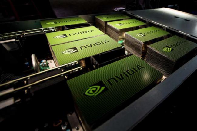 Les GPU Nvidia viennent accélérer les calculs intensifs dans les datacenters d'AWS. (Crédit D.R.)