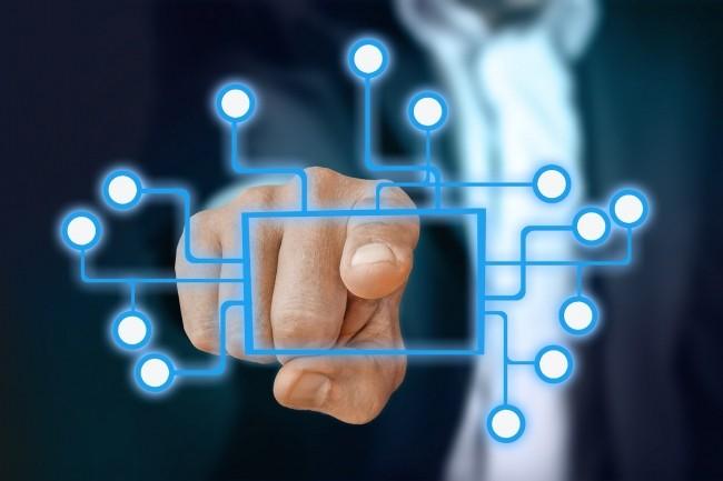 ESN investie dans les systèmes connectés industriels, IT Link recherche 300 ingénieurs pour ses projets : data scientists, spécialistes en cyber-sécurité et développeurs. (Crédit : Pixabay/Geralt)