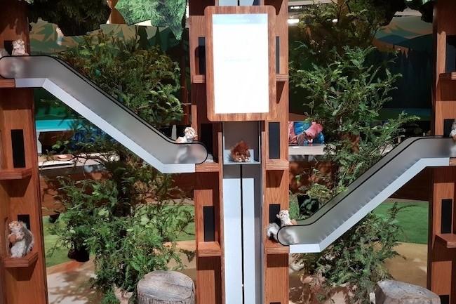 Les escaliers mécaniques et les ascenseurs Kone sont supervisés par le duo Einstein/Watson pour anticiper et gérer les pannes. (Crédit S.L.)