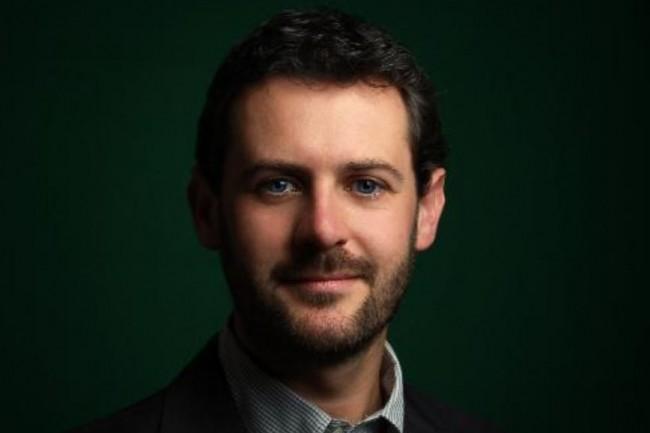 Jonathan Clarke est organisateur de la conférence devops REX et a été nommé vice-président du Paris Open Source Summit 2017. (crédit : D.R.)