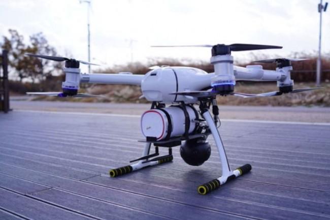 Le drone équipé d'une antenne 5G utilisé dans le test de connexion depuis un bus LG U+  au sol. (crédit : D.R.)