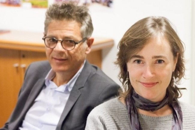 Véronique Sinclair (DSI France) et Konstantinos Voyiatzis (DSI Groupe) mènent la transformation numérique du groupe Edenred. (crédit : Alexia Perchant)