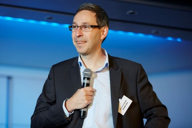Gilles de Richemond, alors DG de Voyages-SNCF Technologies, a été le Grand Témoin de la Matinée Stratégique CIO « Développer l'efficience quotidienne de la DSI » le 17 novembre 2015 à Paris.
