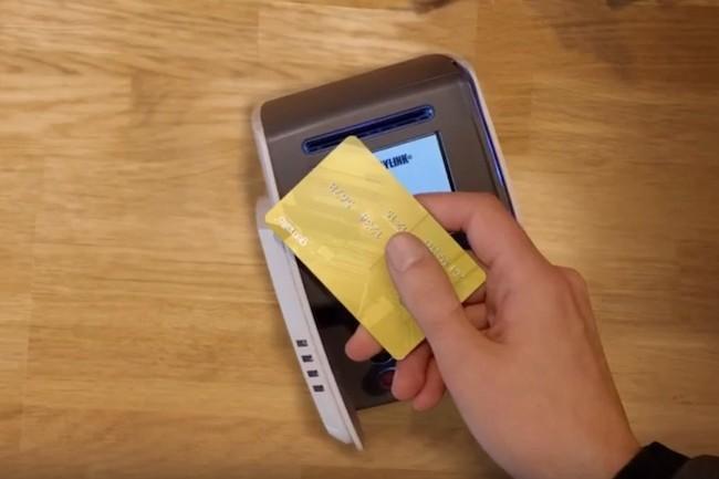 Les solutions de paiements dématérialisées se développent à vitesse grand V avec les cartes bancaires, les montres et les mobiles. (crédit : Gemalto)
