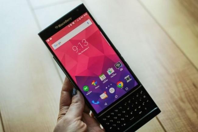 Les utilisateurs de smartphones sous BB10, except� ceux sous Android comme le Priv, ont encore � au moins � deux ans de support devant eux avant la fin. (cr�dit : Florence Ion/PC World)