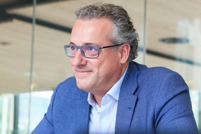 Elu personnalité IT 2017 par les lecteurs du Monde Informatique, Jean-Christophe Laissy, DSI Groupe de Veolia, a axé sa stratégie sur le cloud public. (Crédit : Alexia Perchant)