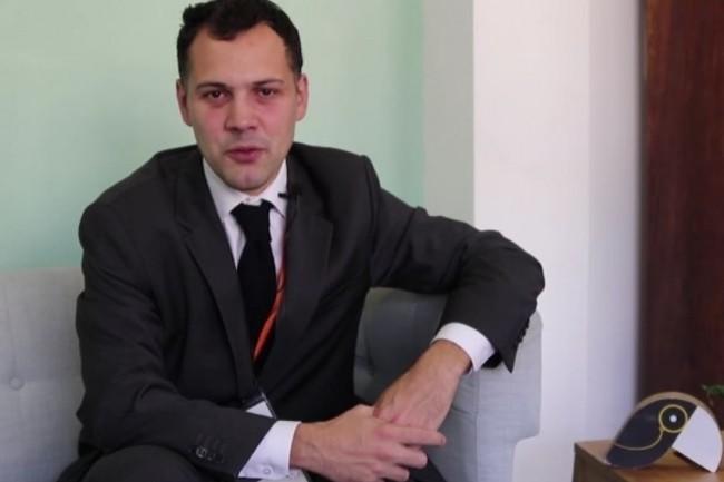Laurent Gautier-Falret, responsable marché Collectivités Locales à la Banque Postale, se réjouit d'avoir pu fluidifier le discours des commerciaux en rendez-vous. (crédit : D.R.)