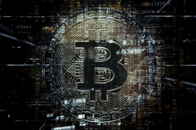 Selon certains analystes, contraindre les devises bitcoin pourrait en fait contribuer à promouvoir une activité plus néfaste de la part des nouvelles blockchains. (Crédit : Pixabay)