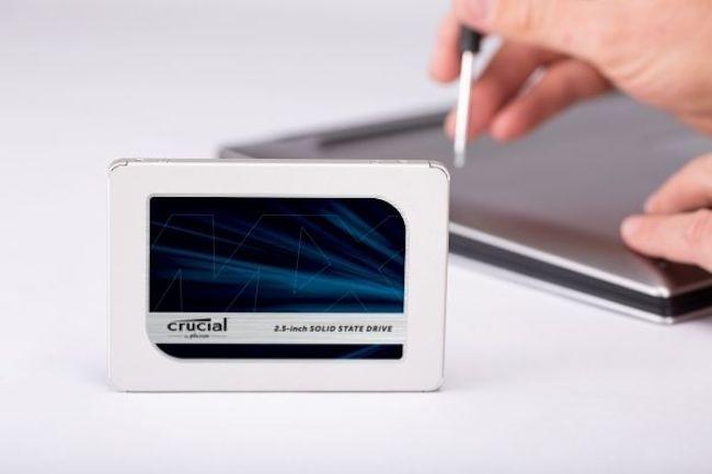 Le passage à la NAND flash 3D a permis de gonfler les capacités des SSD comme le MX500 qui monte à 2 To en 2,5 pouces. (crédit : D.R.)
