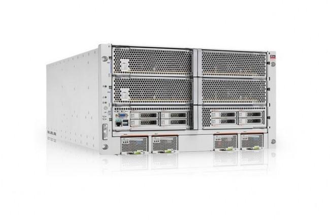 Oracle a confirmé à ses clients qu'il préparait des correctifs pour ses serveurs Sparc sous Solaris (ci-dessus le modèle T8-4), également concernés par les failles Spectre/Meltdown. (crédit : Oracle)