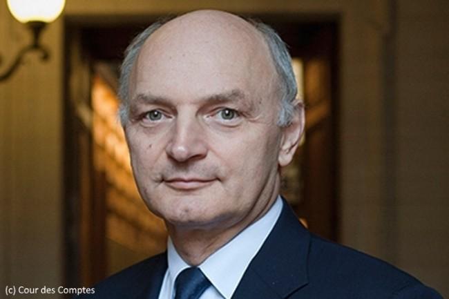 Didier Migaud, premier président de la Cour des Comptes, dirige les travaux de la juridiction, notamment pour son rapport annuel.