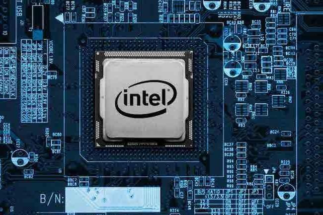 La puce Intel Core i3-8130U (Kaby Lake 14 nm) est une puce double c�ur, � quatre threads, de 15W. (cr�dit : Intel)