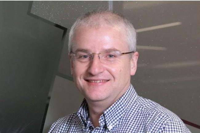 Bill Wilkins, DSI de Firts Utility distingue le DSI, qui fournit une plateforme évolutive et fiable répondant aux objectifs de l'entreprise, du CTO tourné vers l'innovation (photo First Utility).