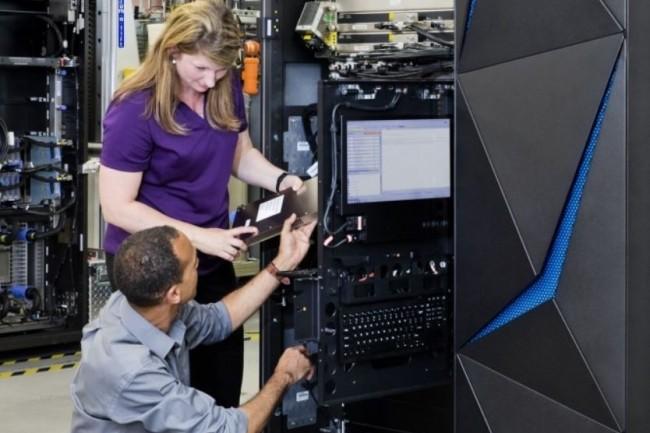 Les DSI n'arrivent pas à compenser les départs naturels dans leurs équipes mainframes. (crédit : IBM)