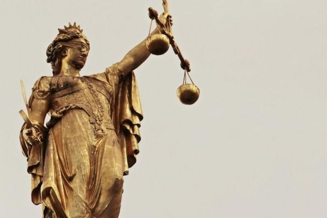 La condamnation de SFR pour clauses contractuelles abusives et/ou illicites dans ses contrats a été étendue à 3 clauses supplémentaires par la Cour d'appel de Paris. (crédit : Pixabay/pixel2013)