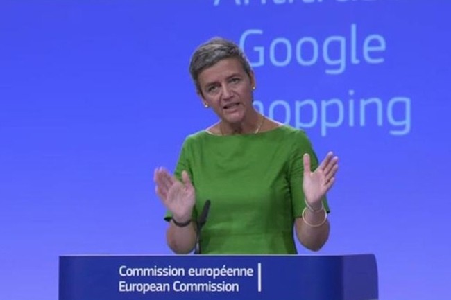 La commissaire à la concurrence de l'Union européenne, Margrethe Vestager, avait déjà infligé une amende de 2,42Md€ à Google le 27 juin 2017 pour abus de sa position dominante sur le marché de la recherche. (Crédit C.E.)