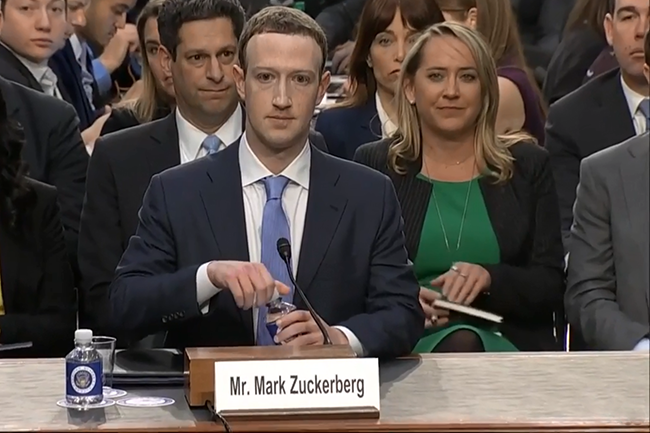 Mark Zuckerberg Fait Face Au Senat Pour Son Grand Oral