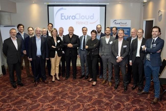 Le bureau d'EuroCloud élu le 10 avril dernier avec Pierre-José Billotte au milieu qui prend le poste honorifique de président d'honneur. (Crédit Eurocloud)