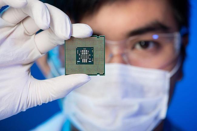 Les derniers résultats financiers d'Intel révèlent des revenus importants malgré les retards dans les puces Cannon Lake en 10 nm.(Crédit Intel).