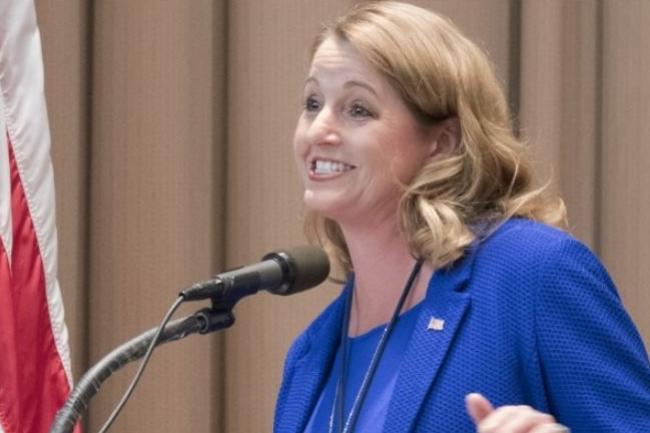 Suzette Kent, DSI de l'agence fédérale du budget US veut que les DSI fédéraux aient plus d'autonomie et de pouvoir (photo DR).