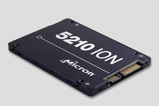 Exploitant la technologie Quad-Level Cell, le Micron 5210 Ion vient concurrencer les disques durs à 7200 t/m dans les datacenters.
