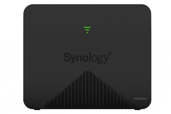 Synology n'a pas précisé encore le tarif et la disponibilité de son routeur mesh MR2200ac. (crédit : D.R.)