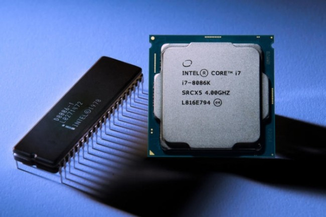Pour marquer les 50 ans de la compagnie, Intel compte lancer une puce capable d'atteindre les 5 GHz en mode Turbo. (Crédit Intel)