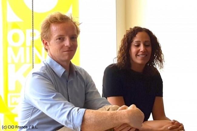 Ghita Taoujni, directrice du marketing numérique et data de France Télévisions (à droite), et Valentin Vivier, responsable de projet data (à gauche), ont témoigné sur l'invitation de Columbus Consulting.