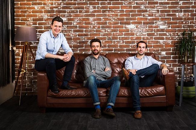 De gauche à droite : Tim Sadler (CEO de Tessian), Edward Bishop (CTO de Tessian) et Tom Adams (chef de l'ingénierie côté client de Tessian) ont cofondé Tessian en 2013. (Crédit : Tessian)