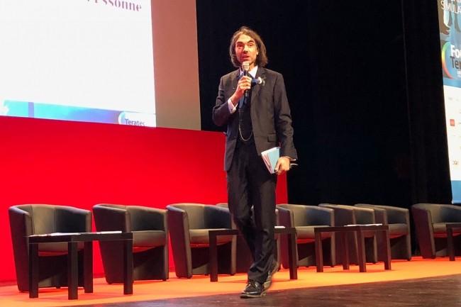 Particulièrement attendu par les organisateurs du Forum Teratec 2018, Cédric Villani, député de l'Essone, a privilégié le débat et l'échange à la présentation académique. (Crédit S.L.)