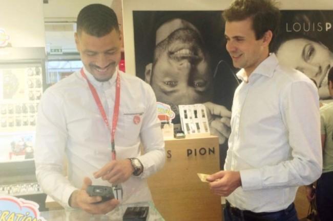 Le coût global de la digitalisation des points de ventes de Louis Pion, comprenant la mise à disposition de tablettes aux équipes de ventes, a nécessité un investissement de plus d'une centaine de milliers d'euros. (crédit : Octipas)