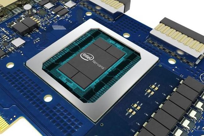 Intel continue à relever ses paris avec des chipsets optimisées IA dans plusieurs catégories architecturales. Ici, Nervana, un processeur de réseaux neuronaux. (Crédit : Intel)
