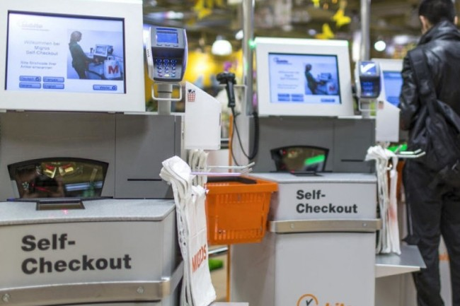 De nombreuses destructions d'emplois concernent le métier de caissier et employé de libre-service, principalement sous l'effet de la robotisation. Crédit. D.R.