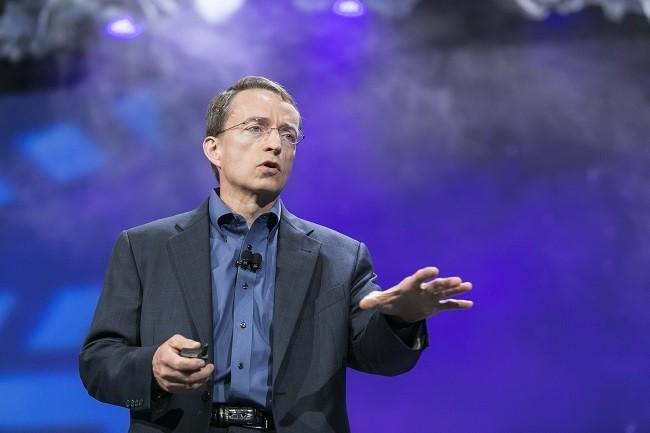 VMware met l'accent sur la sécurité avec vSphere Platinum, a expliqué le CEO de l'éditeur Pat Gelsinger. (Crédit VMware)