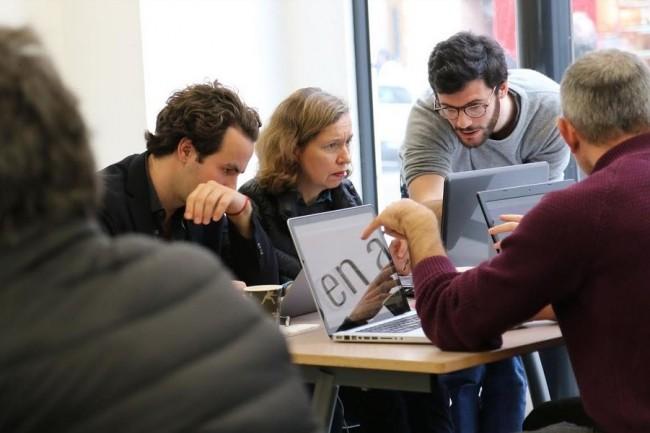 L'�cole Coding Days pilot�e par Alexandre Zana (au centre) compte mettre ses fonds � profit pour d�velopper de nouveaux moyens p�dagogiques. Cr�dit: Coding Days. (cr�dit : D.R.)